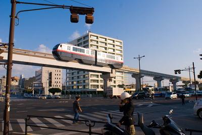 广州回重庆的火车正常运行没;