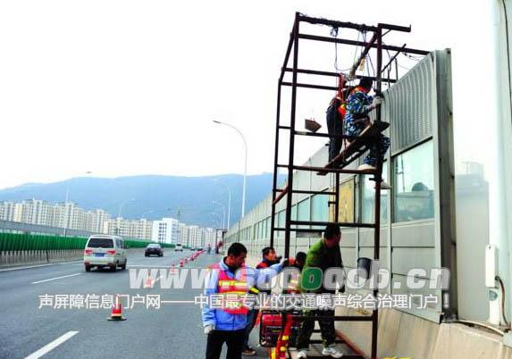 锡城快速内环开始加固高架隔音墙施工